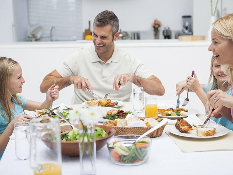 Family eating.jpg?ixlib=rb 0.3.4&sharp=30&dpr=2